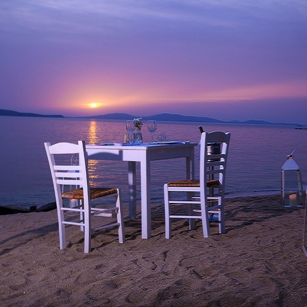 Hippie Chic Hotel Mykonos dining & drinking options include private dining on Agios Ioannis beach