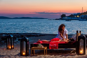 Guests can enjoy a Agios Ioannis beach massage service from a Hippie Chic Hotel trained masseuse.
